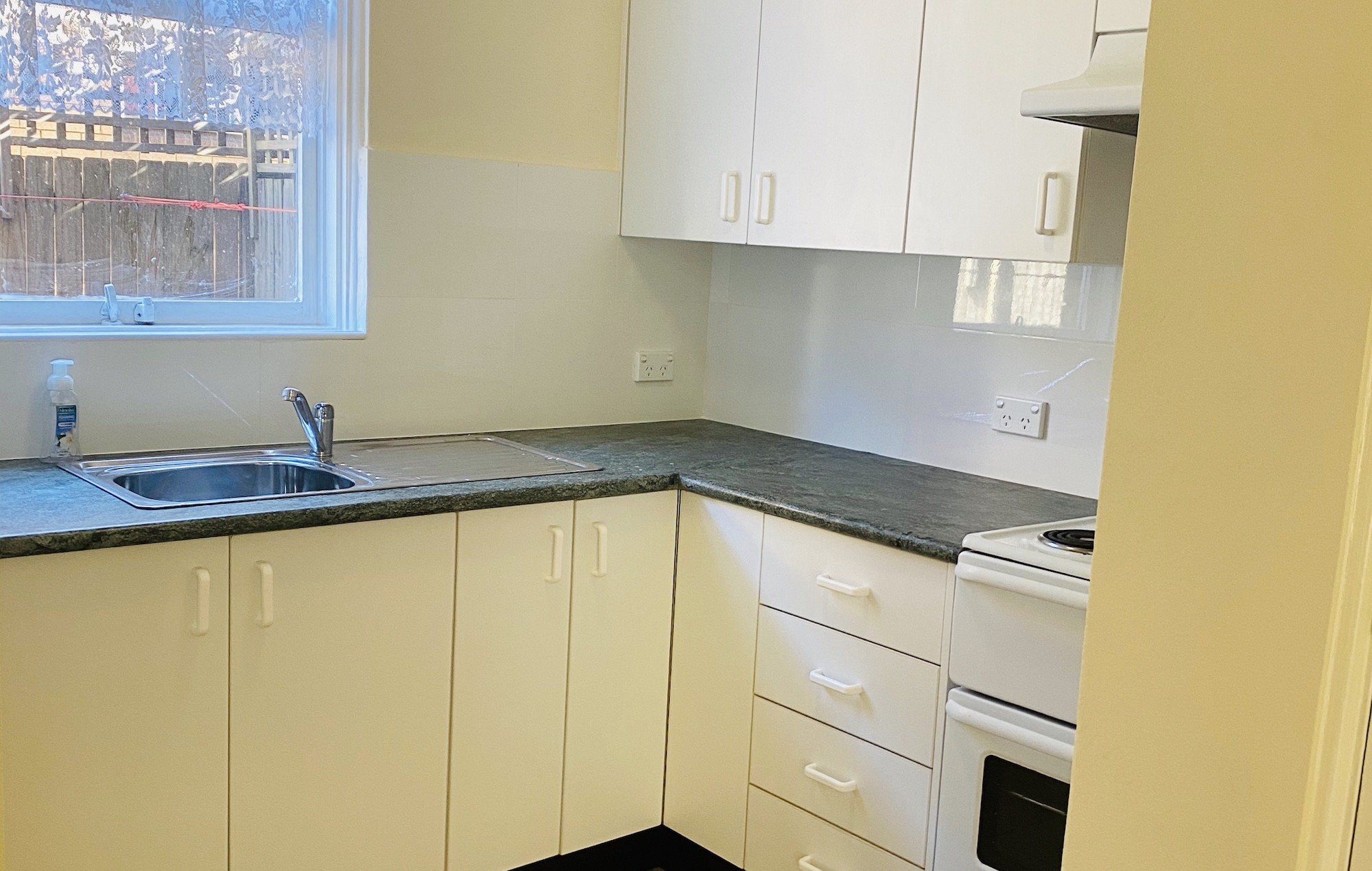Unit of Rent in Auburn : Close to station