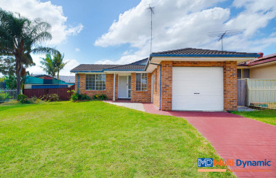 Perfect single storey home close to train station, school and shopping mall.