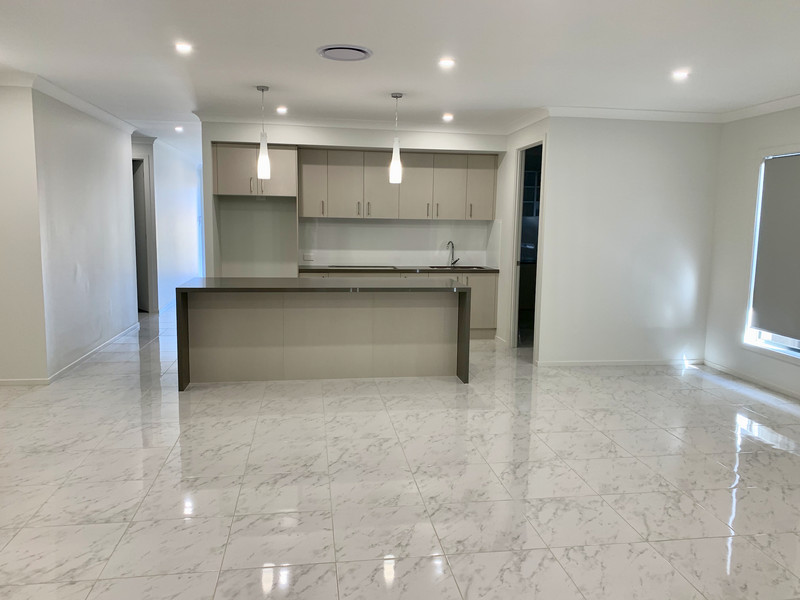 4 Bedroom Single Storey House for Rent in the heart of Oran Park..
